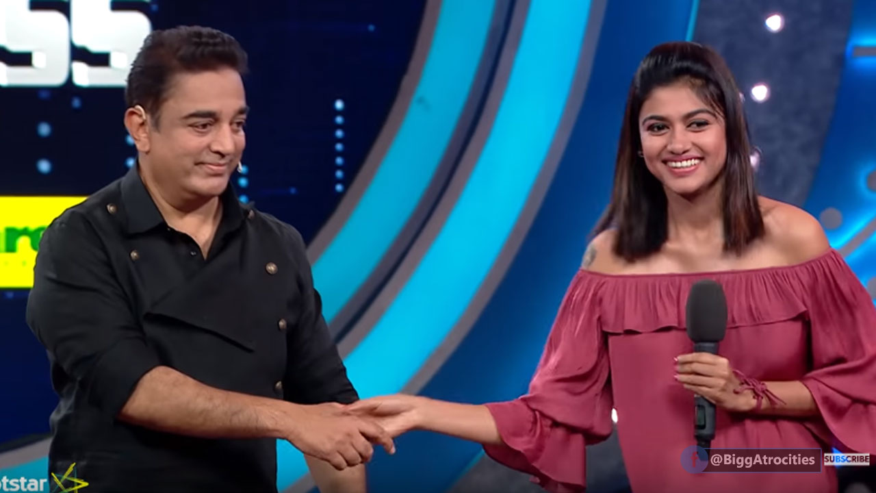 Photo of Oviya and Kamal discussion before her Exits