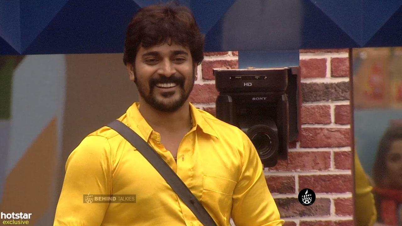 Srinish Aravind In Bigg Boss Task Closeup