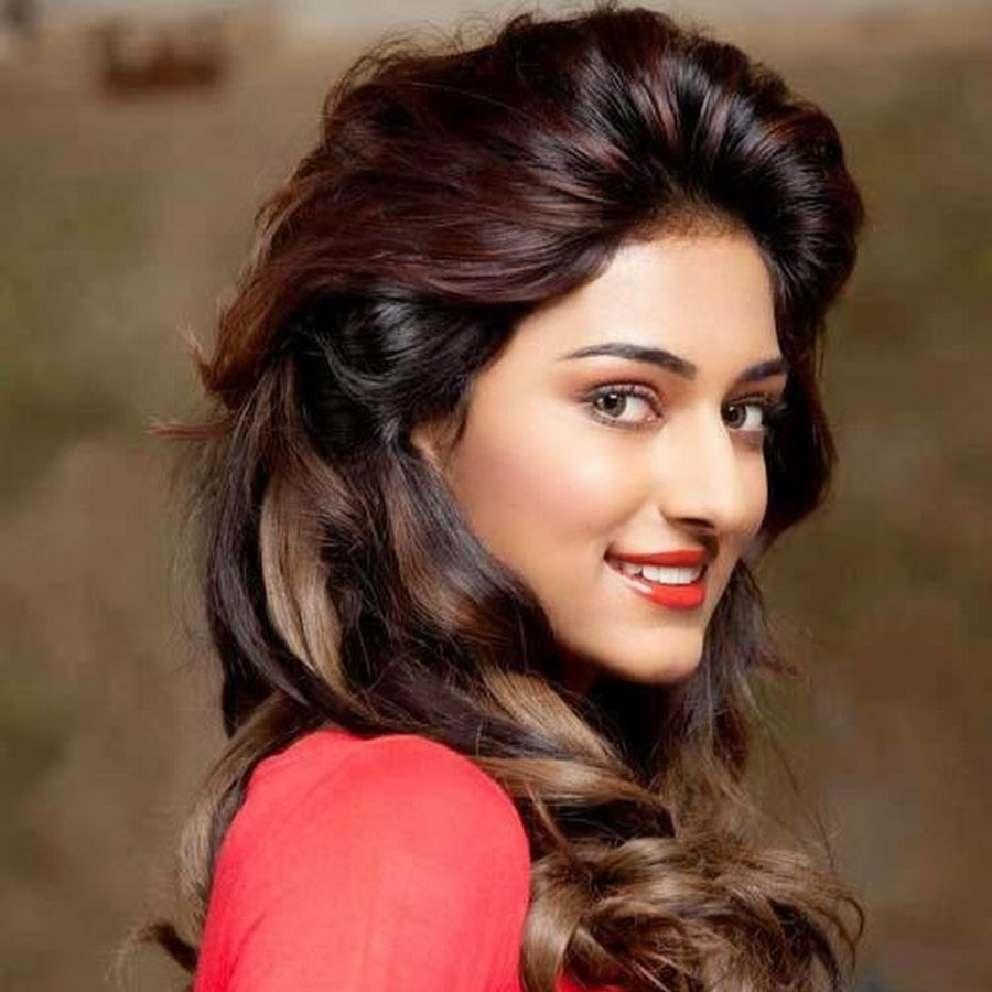 Photo of Erica Fernandes