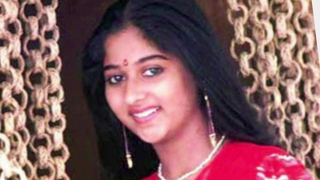 Photo of Monisha Unni