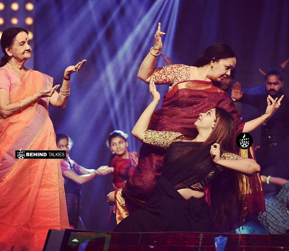 Sowbhagya with her mother Tharun Kalyan and her Grand Mother Subalakshmi - 3 generation dancer