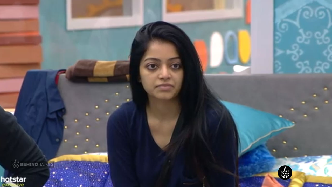 Janani Iyer In Bigg Boss House1