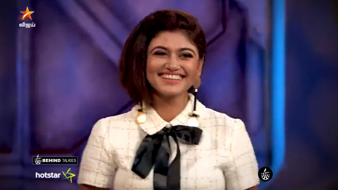 Photo of Oviya into Bigg Boss House again! Its Official!