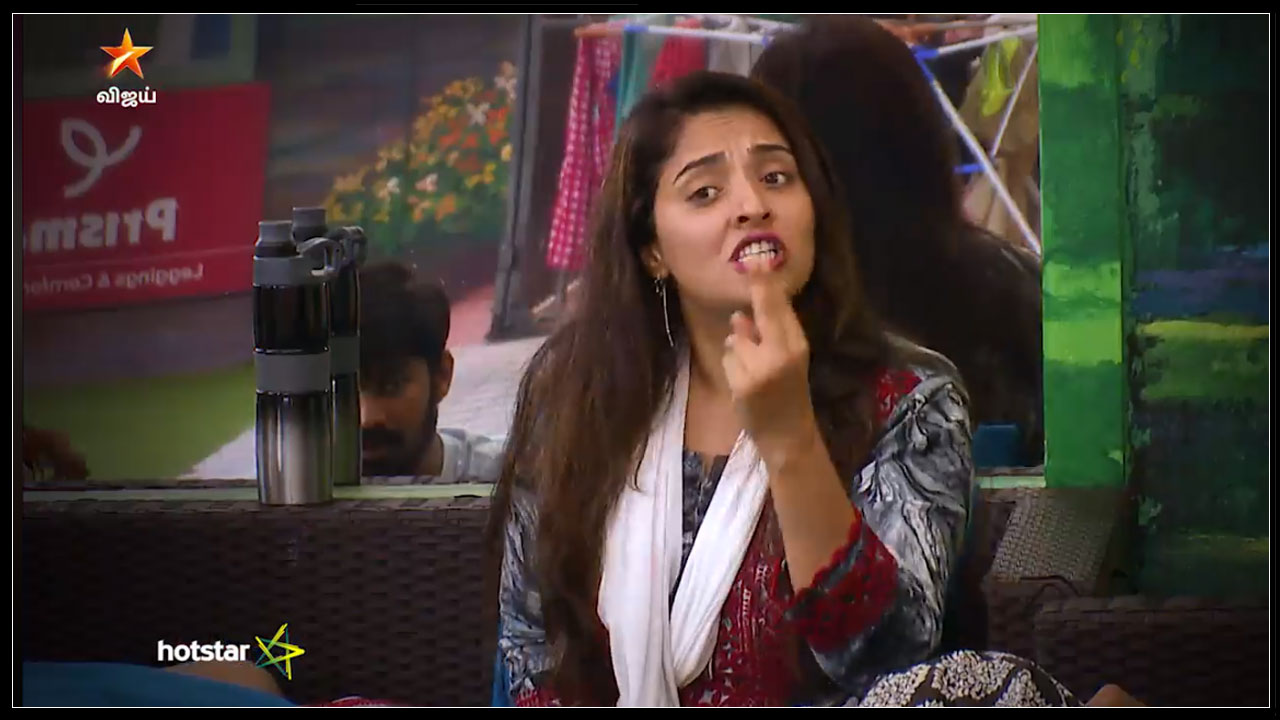 Photo of Bigg Boss Tamil : Mumtaz Talk About Julie