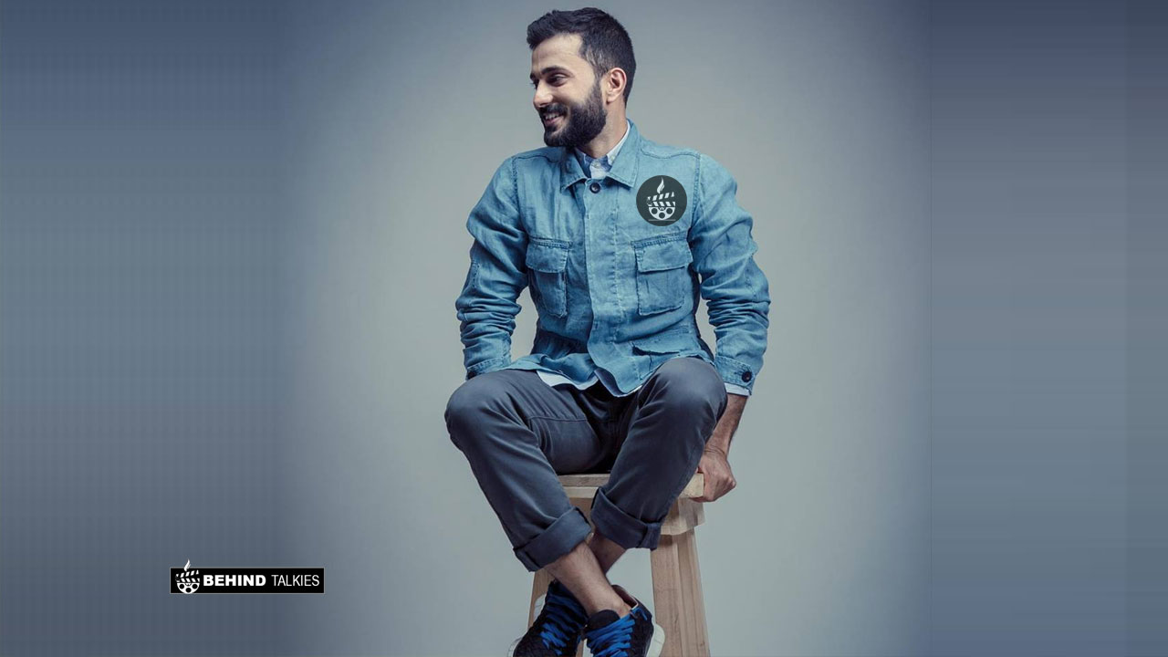 Photo of Anand Ahuja Wiki, Age, Wife, Family, Net Worth, Biography