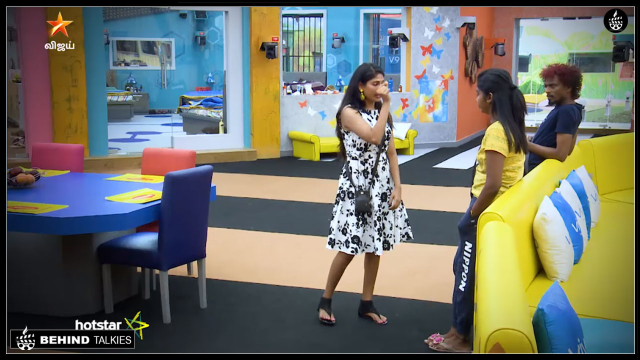 Photo of Bigg Boss Tamil: vijayalakshmi Convincing Rythvika