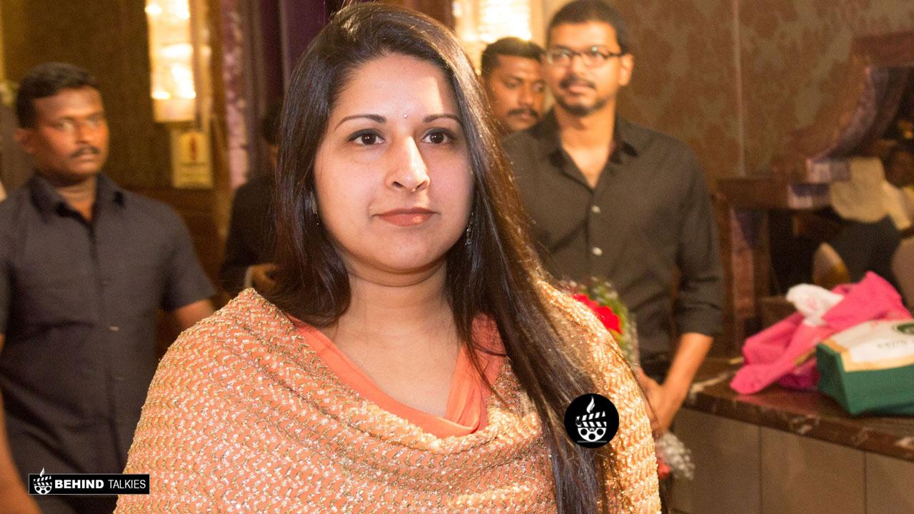 Vijay's Wife Sangeeta