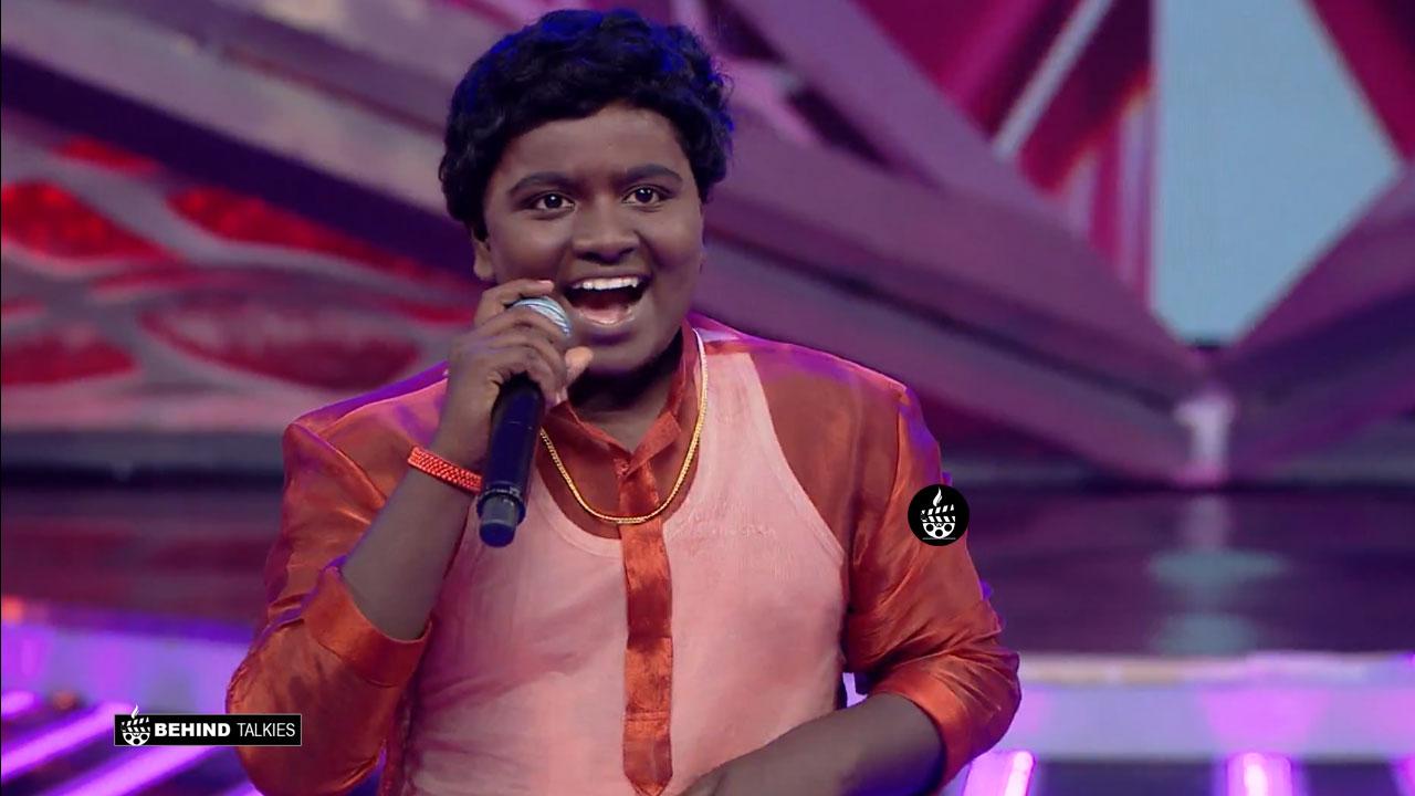Super Singer Gunal in Getup round